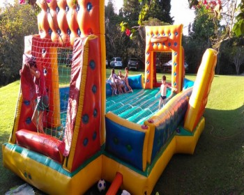 Festa em Louveira com Futebol de Sabão